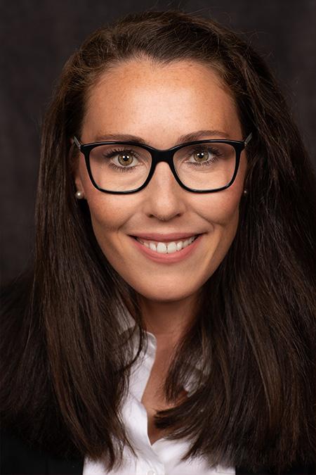 Alina Botmann - Zahnarzt Botmann