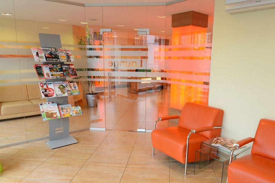 Botmann - Zahnarzt Trier - Lounge